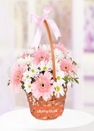 Pembe düþler çiçek arajmaný