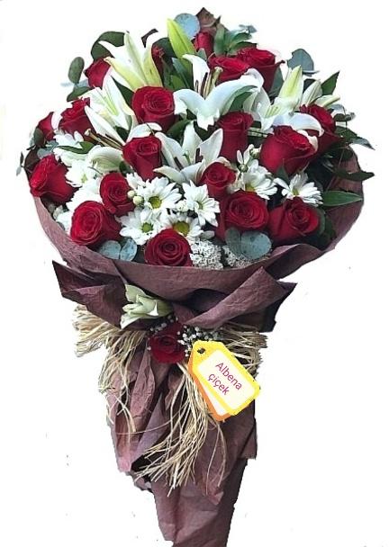 Hayatýmýn aþký gül lilyum  çiçek buketi