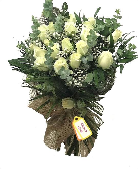 Abakada 19 beyaz gül çiçek buketi